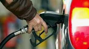 تکذیب کاهش زمان ذخیره بنزین در کارتها