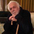 عذرخواهی مدیر نشر حکمت کلمه از ابراهیم گلستان